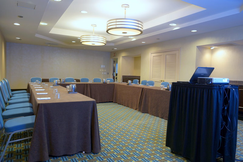 Crowne Plaza St. Louis Airport-Meeting Room<br/>Image from Leonardo