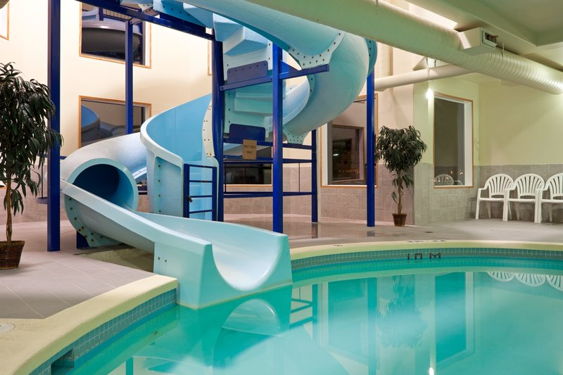 Holiday Inn Hotel & Suites Regina-Swimming Pool with 1.5 Story Waterslide<br/>Image from Leonardo