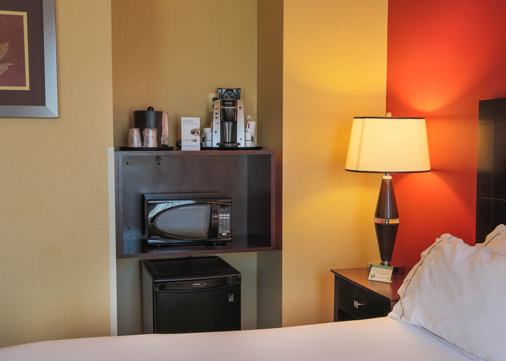 Holiday Inn Express Baltimore-Downtown-Modern rooms with Keurig coffee maker, microwave and mini fridge<br/>Image from Leonardo