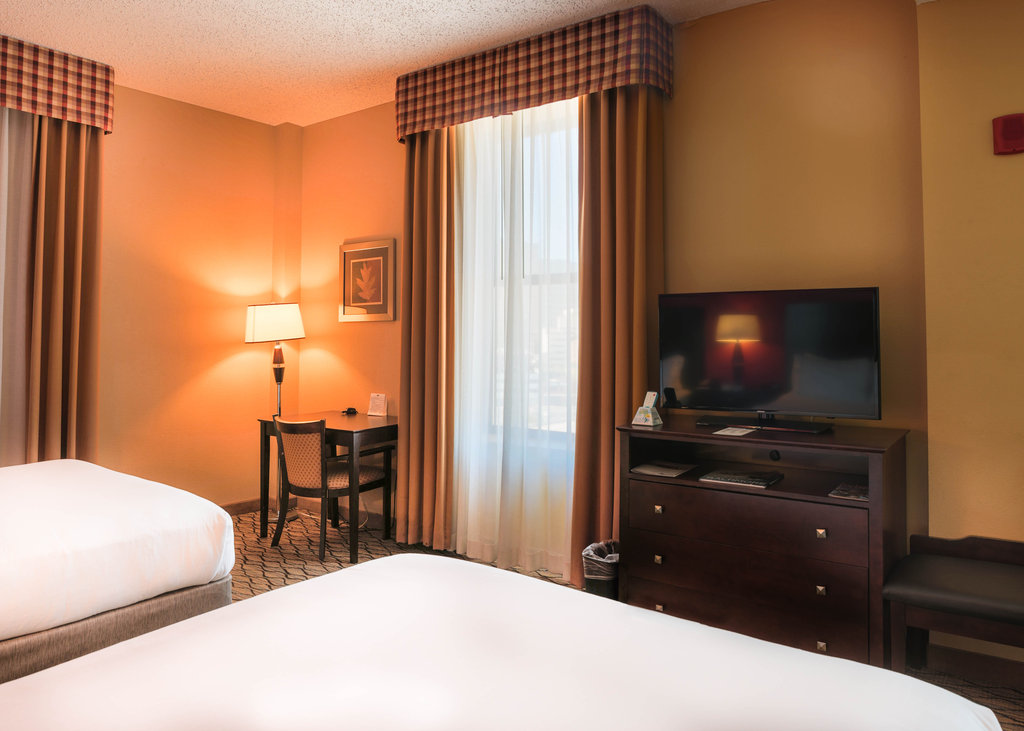 Holiday Inn Express Baltimore-Downtown-Double Bed Guest Room<br/>Image from Leonardo