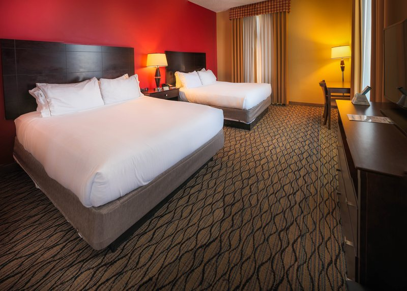 Holiday Inn Express Baltimore-Downtown-Double Bed Room, Wi-Fi, breakfast, refrigerator, safe, hairdryer<br/>Image from Leonardo