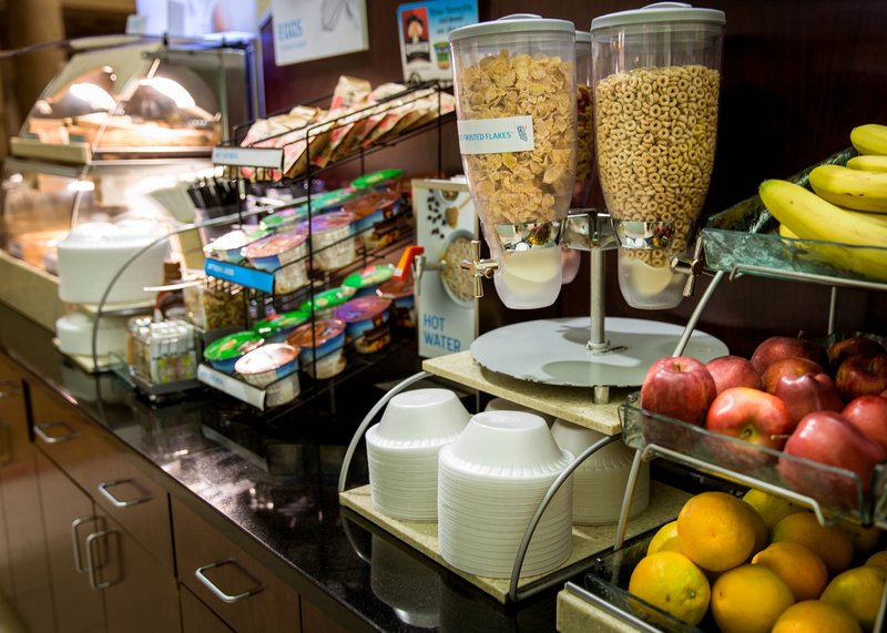 Holiday Inn Express Baltimore-Downtown-Enjoy our hot and tasty Express Start Breakfast Bar!<br/>Image from Leonardo