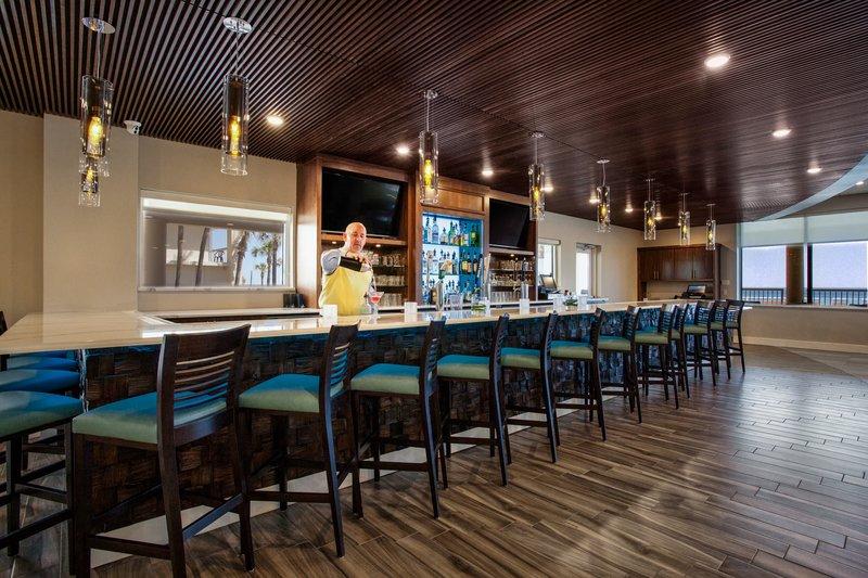 Holiday Inn Daytona Beach On The Ocean-Bar and Lounge<br/>Image from Leonardo