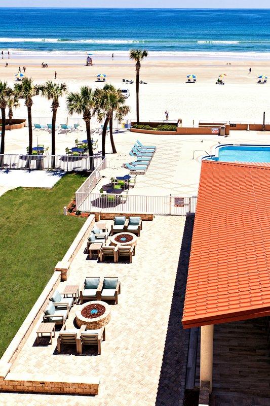 Holiday Inn Daytona Beach On The Ocean-Beach<br/>Image from Leonardo