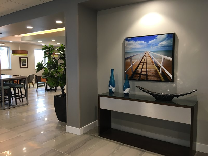 Holiday Inn Daytona Beach On The Ocean-Restaurant<br/>Image from Leonardo