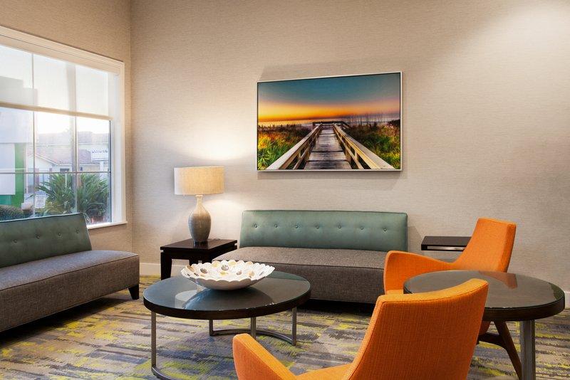Holiday Inn Daytona Beach On The Ocean-Main Sitting Area<br/>Image from Leonardo