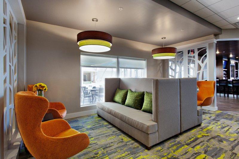 Holiday Inn Daytona Beach On The Ocean-Lounge Seating<br/>Image from Leonardo