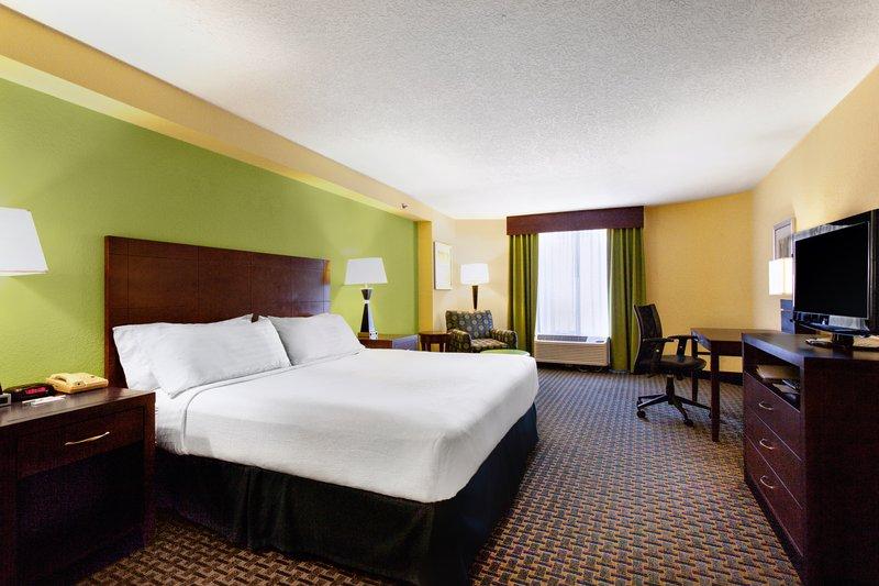 Holiday Inn Daytona Beach On The Ocean-King Bed Guest Room<br/>Image from Leonardo