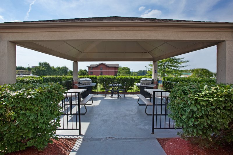 Candlewood Suites Pittsburgh-Airport-Meet with friends or hang out in our Candlewood Gazebo!!!<br/>Image from Leonardo