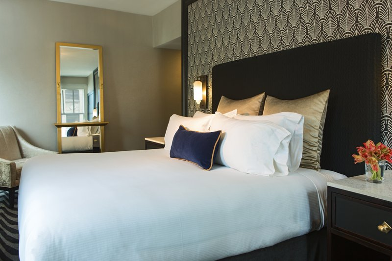 Hotel Allegro; A Kimpton Hotel - Suite <br/>Image from Leonardo