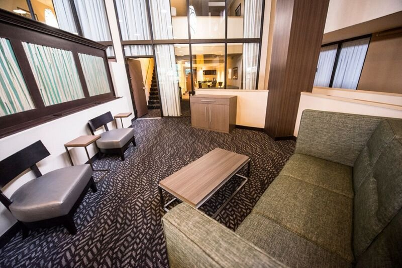 Holiday Inn Little Rock - Airport - Conf Ctr-Guest Room<br/>Image from Leonardo