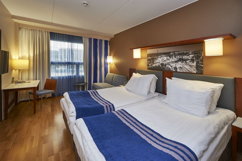 Holiday Inn Tampere - Central Station-Comfortable Standard Twin beds guest room<br/>Image from Leonardo