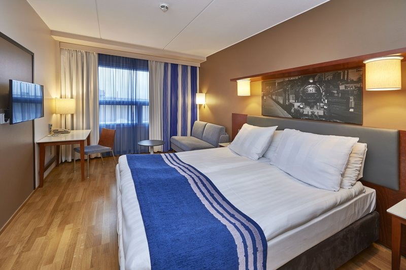 Holiday Inn Tampere - Central Station-Standard Queen Bed room with sofa bed<br/>Image from Leonardo
