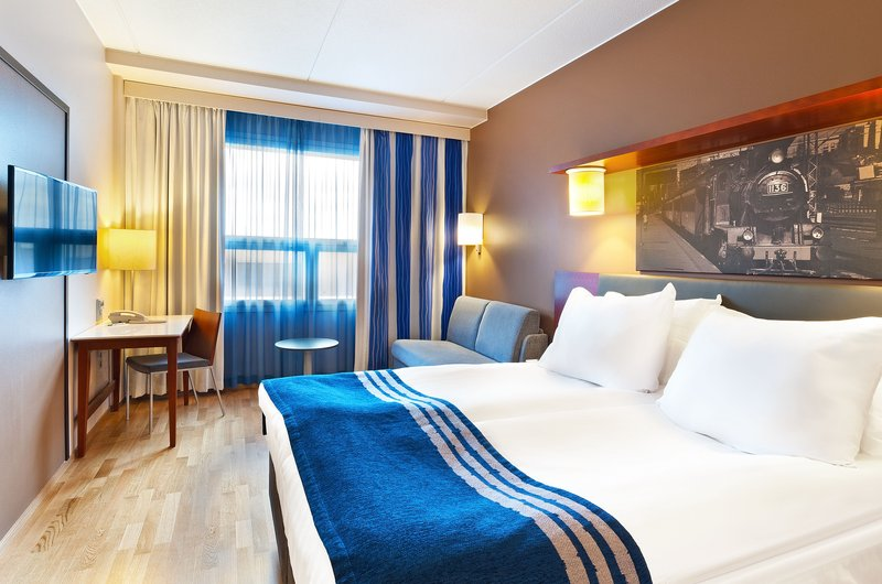 Holiday Inn Tampere - Central Station-Queen Bed Guest Room<br/>Image from Leonardo