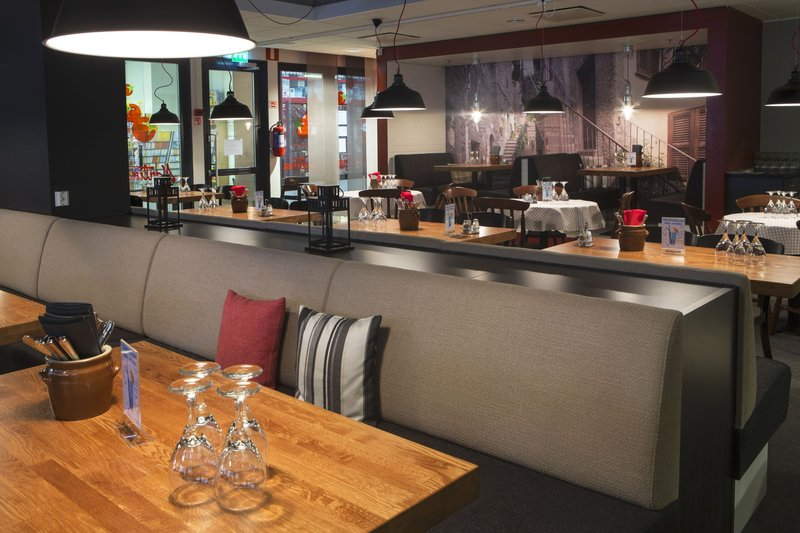 Holiday Inn Tampere - Central Station-Martina is an Italian-style restaurant from breakfast to dinner<br/>Image from Leonardo
