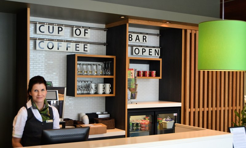 Holiday Inn Tampere - Central Station-Would you like to have a cup of coffee or refreshing drink.<br/>Image from Leonardo