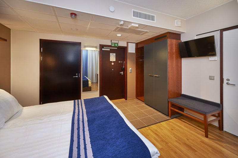 Holiday Inn Tampere - Central Station-Wheelchair guest room is located in the second floor<br/>Image from Leonardo