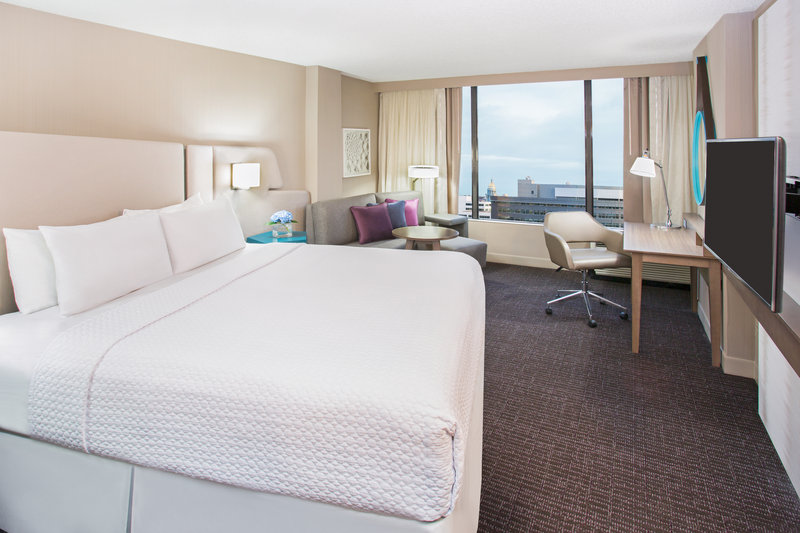 Crowne Plaza Downtown Denver-King Room with Premium View of City or Mountains<br/>Image from Leonardo