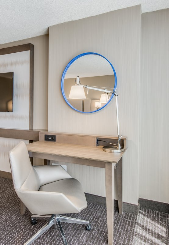 Crowne Plaza Downtown Denver-Every room has a working desk station<br/>Image from Leonardo