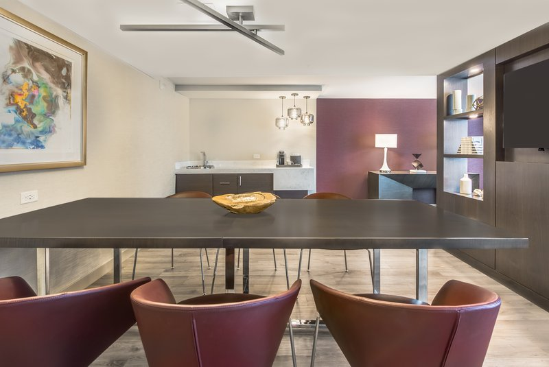 Crowne Plaza Downtown Denver-Presidential Suite Meeting Area<br/>Image from Leonardo
