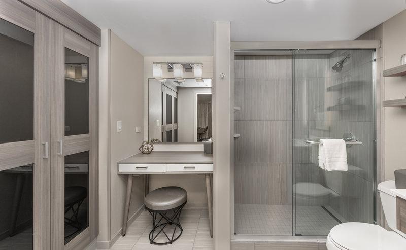 Crowne Plaza Downtown Denver-Junior Suite Bathroom<br/>Image from Leonardo