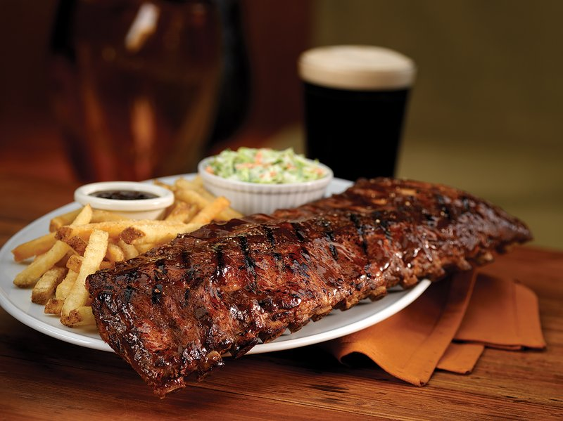 Holiday Inn Hotel & Suites Des Moines-Northwest-Guinness and Ribs sooth the weary traveler!<br/>Image from Leonardo
