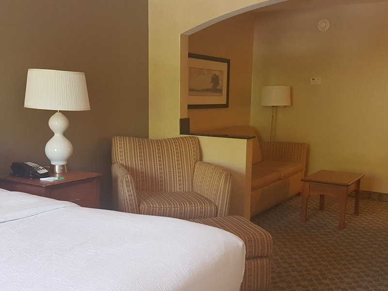 Holiday Inn Carbondale-Conference Center-Guest Room<br/>Image from Leonardo