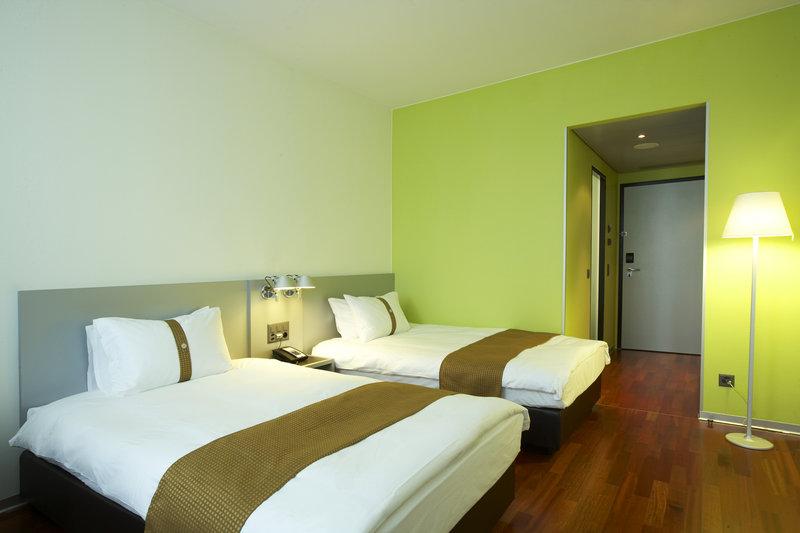 Holiday Inn Bern - Westside-Standard Twin Room<br/>Image from Leonardo