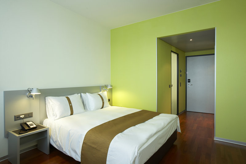 Holiday Inn Bern - Westside-Guest Room<br/>Image from Leonardo