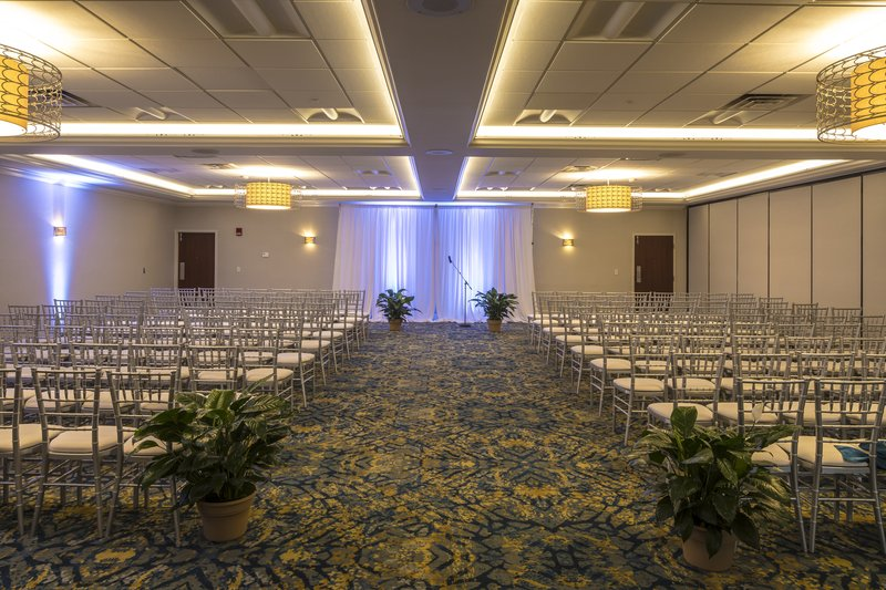 Crowne Plaza Hotel & Suites Pittsburgh South-Wedding Ceremony<br/>Image from Leonardo