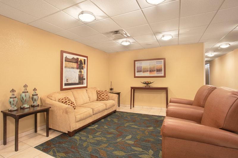 Candlewood Suites Yuma-Candlewood Suites Yuma Guest Lobby<br/>Image from Leonardo