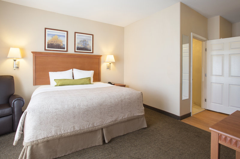 Candlewood Suites Yuma-ADA/Handicapped accessible King Studio Suite<br/>Image from Leonardo