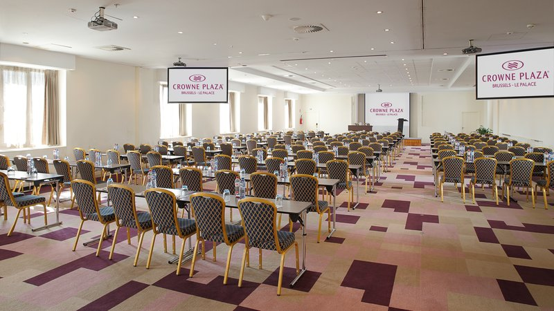 Crowne Plaza Brussels - Le Palace-Clarity+Vision - Theatre style (max. 250 people)<br/>Image from Leonardo