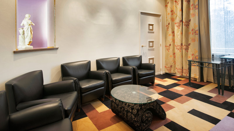 Crowne Plaza Brussels - Le Palace-Lobby in our Grace meeting room<br/>Image from Leonardo