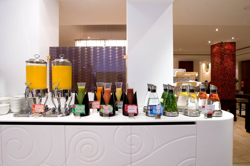 Crowne Plaza Brussels - Le Palace-Full American Breakfast Buffet with natural juices<br/>Image from Leonardo