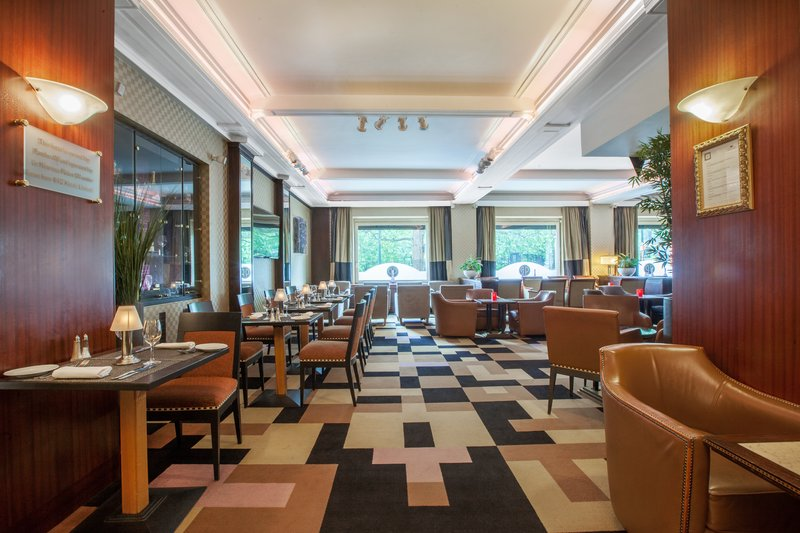 Crowne Plaza Brussels - Le Palace-Brussels Bar<br/>Image from Leonardo