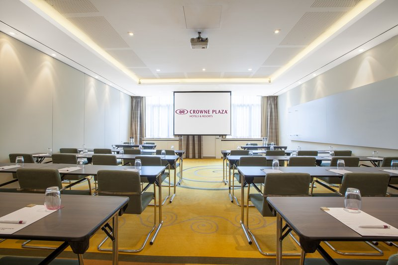 Crowne Plaza Brussels - Le Palace-Exploration Room<br/>Image from Leonardo