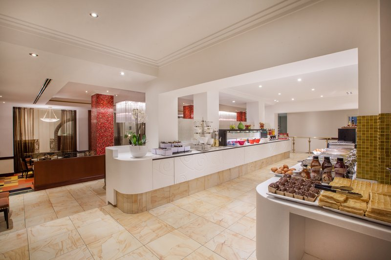 Crowne Plaza Brussels - Le Palace-Breakfast Area<br/>Image from Leonardo