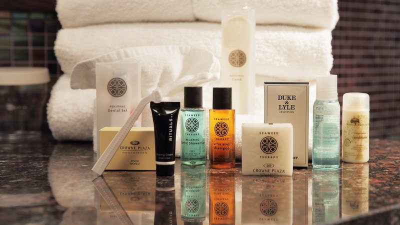Crowne Plaza Brussels - Le Palace-Organic bathroom amenities in Suite's bathroom<br/>Image from Leonardo