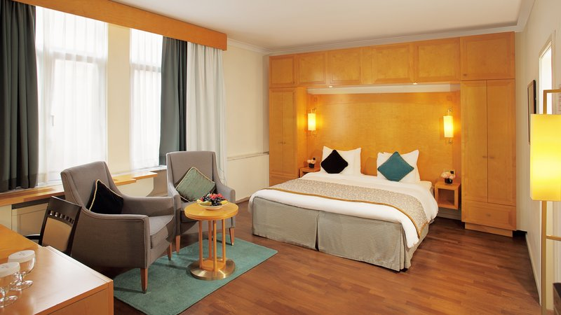Crowne Plaza Brussels - Le Palace-Spacious King Bed Guest Room<br/>Image from Leonardo