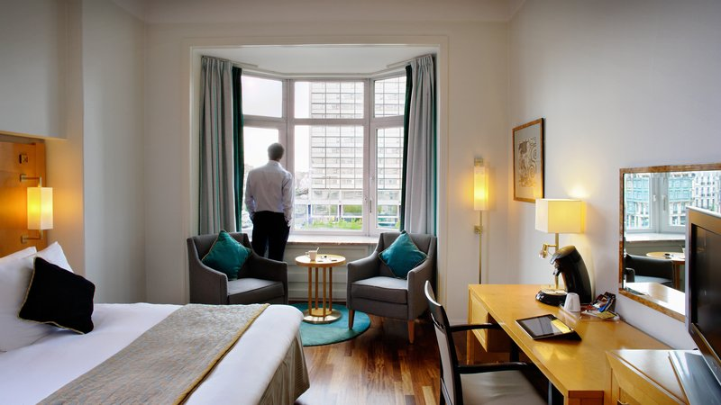Crowne Plaza Brussels - Le Palace-Deluxe Room with view to Rogier Square<br/>Image from Leonardo