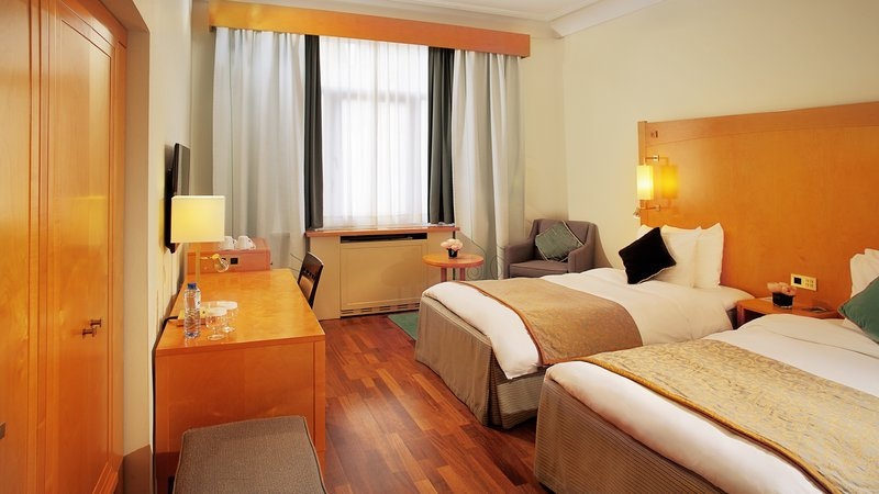 Crowne Plaza Brussels - Le Palace-Twin Bed Guest Room<br/>Image from Leonardo
