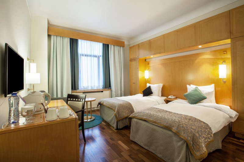 Crowne Plaza Brussels - Le Palace-Guest Room<br/>Image from Leonardo