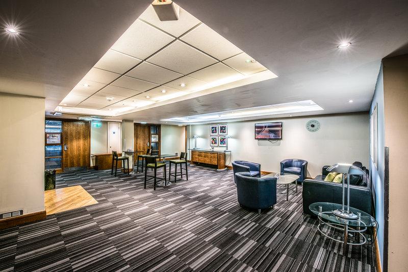 Holiday Inn Cambridge-Meetings Reception area<br/>Image from Leonardo