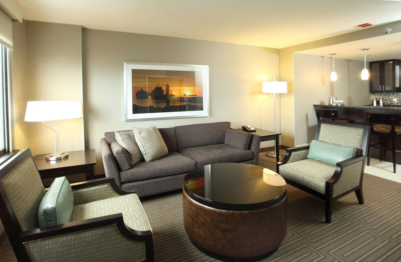 Holiday Inn Hotel & Suites Duluth-Downtown-Presidential Suite Living Room<br/>Image from Leonardo