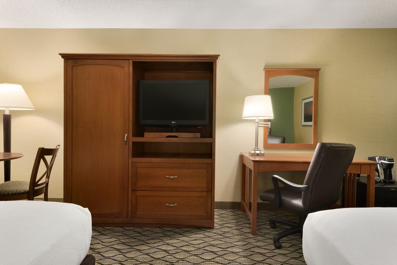 Holiday Inn Hotel & Suites Duluth-Downtown-Double Bed Guest Room<br/>Image from Leonardo