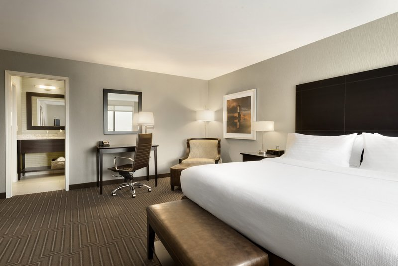 Holiday Inn Hotel & Suites Duluth-Downtown-Presidential Suite<br/>Image from Leonardo