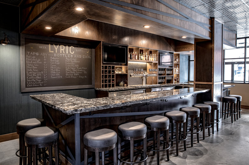 Holiday Inn Hotel & Suites Duluth-Downtown-Quench your thirst at Lyric Kitchen Bar. Located on level 1.<br/>Image from Leonardo