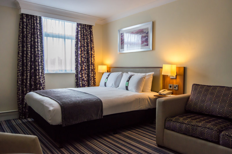 Holiday Inn Leeds - Garforth-Executive Room with Sofa for up to 2 Children<br/>Image from Leonardo