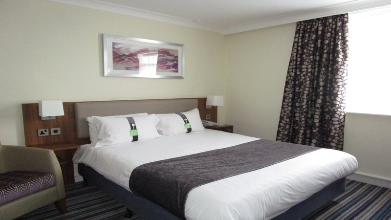Holiday Inn Leeds - Garforth-KING BED EXECUTIVE ROOM<br/>Image from Leonardo